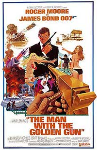 Pistolul de aur - The Man with the Golden Gun (1974) Online Subtitrat